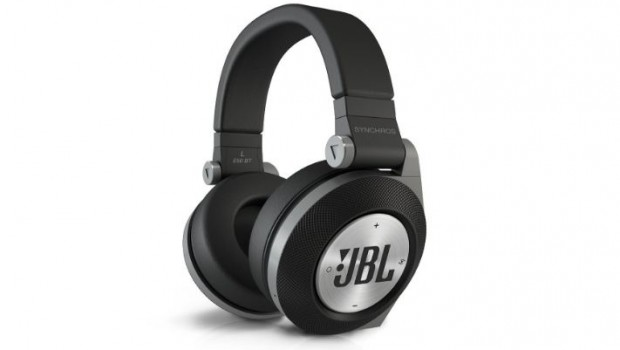 jbl e50bt bluetooth over ear kopfh rer kopfh rer test 2019. Black Bedroom Furniture Sets. Home Design Ideas